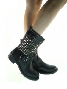 Scarpe Donna Anfibi Biker Boots Bassi in Pelle con Borchie Colore Nero