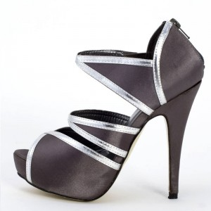 Scarpe Decollete Spuntate Raso Nero e Finiture Silver - Purple Petite