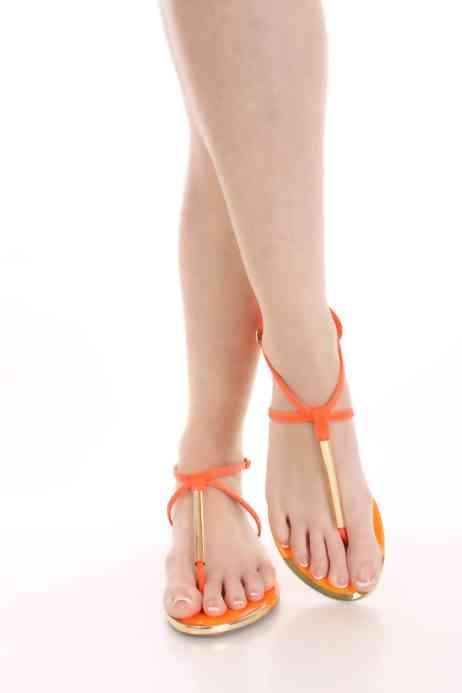 sandali arancione fosforescenti (1)