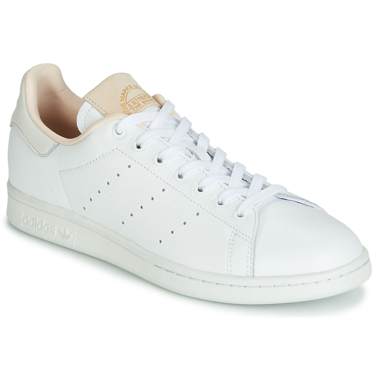 adidas donne chaussures gratuites